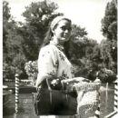 Eva Bartok - 454 x 597
