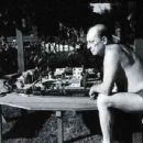 Buster Keaton - 454 x 349