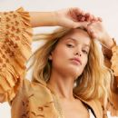 Frida Aasen – Free People Collection Fall 2019 - 454 x 681