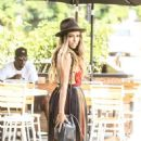 Kat Graham – Out and about in Los Angeles August 28, 2016 - 454 x 719