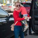 Hayden Panettiere at LAX airport in Los Angeles - 454 x 714