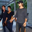 Halle Berry & Gabriel Aubry At An Office Building In Los Angeles - August 6 2009 - 454 x 684