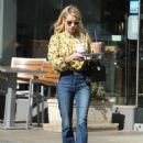 Emma Roberts at the Coffee Bean and Tea Leaf in West Hollywood 10/19/ 2016 - 454 x 605