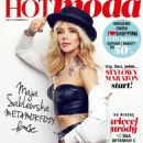 Hot Moda & Shopping Magazine - 454 x 640
