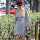 Selena Gomez – Seen at art supply store