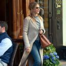 Jennifer Aniston – Leaves Nello Restaurant in New York - 454 x 650