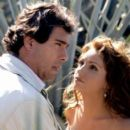Eduardo Yáñez and Angelica Rivera