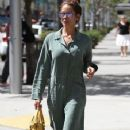 Brooke Burke leaves a salon in Beverly Hills, California on April 25, 2016 - 356 x 600