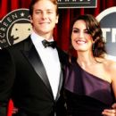 Armie Hammer and Elizabeth Chambers - 400 x 600