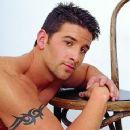 Julian Rios - 359 x 550
