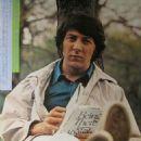 Dustin Hoffman - Roadshow Magazine Pictorial [Japan] (April 1973) - 454 x 666