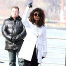 Priyanka Chopra – Filming 'Quantico' set in New York - 454 x 743