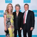 Jon Bon Jovi attends The Hospital For Special Surgery 35th Tribute Dinner - 380 x 600