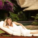 Amanda Holden - Wild At Heart Promoshoot In Africa