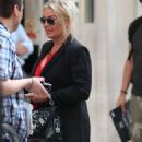 Kim Wilde – Arrives at the Chris Evans Breakfast Show in London - 454 x 952