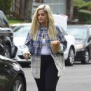 Bebe Rexha – Out in Los Angeles