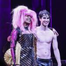 Hedwig And The Angry Inch Starring Darren Criss - 454 x 605