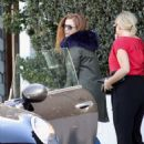 Isla Fisher at Ciccones in Los Angeles - 454 x 606