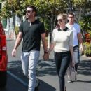 Kate Upton- October 4, 2016- Lunch in West Hollywood - 454 x 558