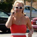 Britney Spears At Starbucks In Thousand Oaks