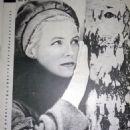 Vija Artmane - Ogoniok Magazine Pictorial [Soviet Union] (April 1971) - 454 x 596