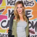 Katie Cassidy – Meet & Greet at Macy's Herald Square in New York 8/27/2016 - 454 x 680