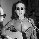 John Lennon - 403 x 600