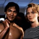 Jason Scott Lee and Lauren Holly