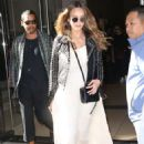 Jessica Alba – Seen leaving her Hotel in New York City - 454 x 681