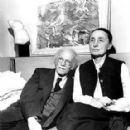 Georgia O'Keeffe - 287 x 300