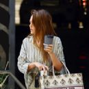 Jessica Alba – spotted out in Los Angeles