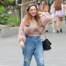 Kelly Brook – Casual style – arriving at the Global Radio Studios in London