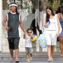 Ronaldinho and Janaina Nattielle mendes - 400 x 400