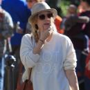 Amy Adams – Christmas shopping at The Grove in Los Angeles