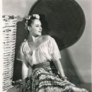 Paulette Goddard - 454 x 556