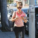 Jessica Alba: headed into Soma Pilates Dance Studio in West Hollywood