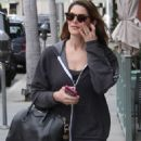 Ashley Greene at nails salon in Beverly Hills - 454 x 681