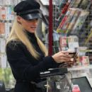 Michelle Hunziker – Shopping at the supermarket in Milan - 454 x 631