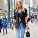 Toni Garrn – Leaving the Victoria's secret fitting in New York - 454 x 682