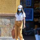 Jamie Chung – Wearing colored jeans as she runs errands in Los Angeles - 454 x 549