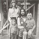 Amelia Fleetwood & family, 1977