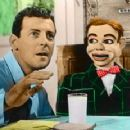 Paul Winchell & Jerry Mahoney - 338 x 231