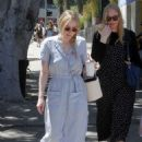 Dakota Fanning – Leaving the farmers market in Studio City