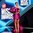Sarah Hyland – 2020 CMT Music Awards in Nashville - 454 x 332