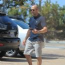 Jason Statham- August 28, 2016- Shops in Malibu - 454 x 576