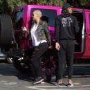 Wiz Khalifa and Amber Rose - 454 x 323