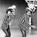 Carol Burnett - 350 x 470