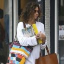 Minnie Driver does some shopping in Studio City, California on December 10, 2016 - 452 x 600
