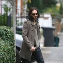 Russell Brand: Ringless in London