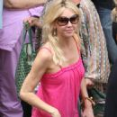 Heather Locklear Watch Daughter Perform At Charisa Seaman's Fathers Day Dance Performance At Malibu Lumber Yard, Los Angeles, June 20 2009